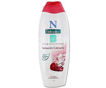Palmolive Gel de baño o ducha en crema con cereza y leche hidratante 600 mililitros