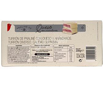 Auchan Turrón praliné de queso con arándanos 200 gramos