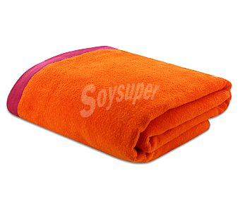 ACTUEL Toalla de playa lisa color naranja, bordes superior e inferior color fucsia, 90x160 centímetros. Toallas con tejido velour 100% algodón y densidad de 360 gramos/m² 1 unidad