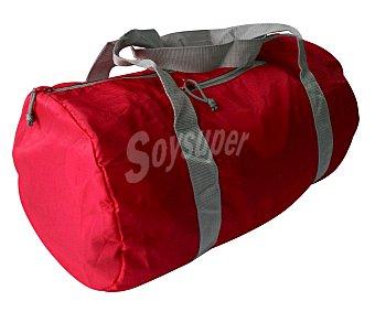 CUP´S Bolse de deporte plegable fabricada en nylon color rojo, 30 litros de capacidad 1 unidad