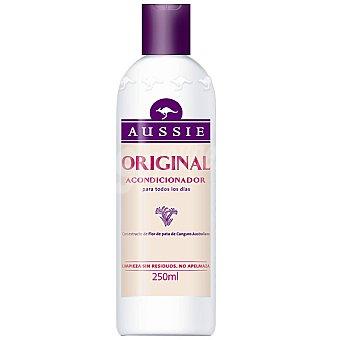 Aussie Acondicionador Original con extracto de Flor de pata de Canguro Australiano frasco 250 ml para uso diario Frasco 250 ml