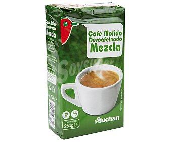 Auchan Café molido de tueste natural descafeinado (50%) y torrefacto descafeinado (50%) 250 gramos