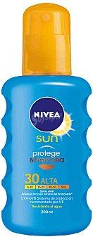 Nivea Sun Protege & broncea spray solar FP-30 resistente al agua Spray 200 ml
