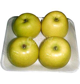 Manzana golden en Bandeja de 4 unidades 750 grs