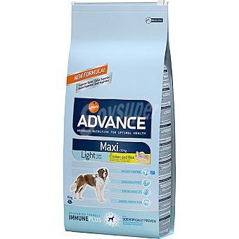 Advance Affinity Alimento de alta gama para perros de raza grande con sobrepeso con pollo y arroz Maxi Light Bolsa 15 kg
