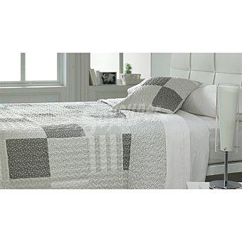 CASACTUAL  Colcha bouti patchword en tonos grises para cama 105 cm 1 Unidad