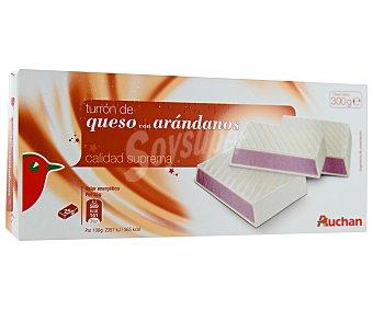 Auchan Turrón praliné de queso con arándanos 300 gramos