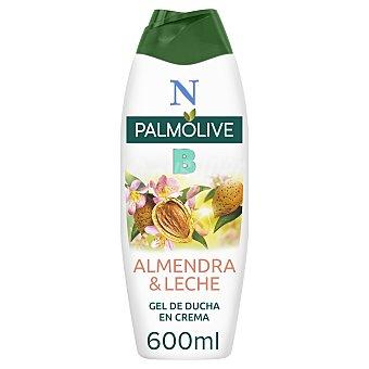 Palmolive Gel de baño o ducha con textura crema, enriquecida con extracto de almendra y leche hidratante Bote 600 ml