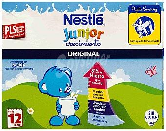 Junior Nestlé Preparado Lácteo Infantil Junior desde 1 Año Crecimiento Pack 3x200 ml