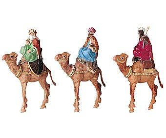 Oliver Set de 3 figuras de 7 centímetros, de los reyes magos montados en sus camellos OLIVER.