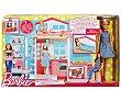 Barbie y su casa, escenario de juego, incluye 1 muñeca barbie  Barbie
