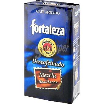 Fortaleza Café molido descafeinado mezcla Paquete 250 g
