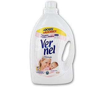 Vernel Suavizante Delicado Aloe Vera y Nenúfar 125 lavados
