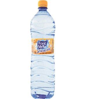 Font Vella Agua sabor mandarina Botella de 1,25 cl