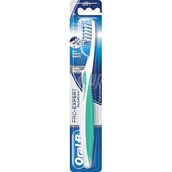 Oral-B Cepillo dental Pro Expert Cross Action Enamel Protection 35 suave blister 1 unidad