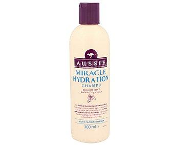 Aussie Champú Miracle Hydration con Aceite de Nuez de Macadamia Australiana para cabello seco frasco 300 ml hidratación intensa Frasco 300 ml