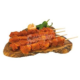 Roler Pincho rojo de cerdo bandeja 272 gr Bandeja 272 gr