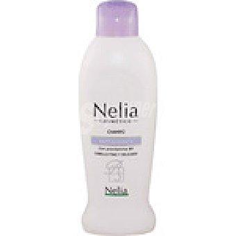 Nelia Champú Cosmético Revitalizante con provitamina B5 para cabello fino y delicado  Botella 500 ml