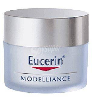 Eucerin Crema facial reafirmante Modelliance para pieles secas con FP15 50 ml