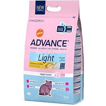 Advance Affinity Alimento de alta gama para gatos con sobrepeso con fibra rico en pollo y arroz Light Bolsa 3 kg