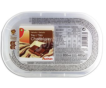 Auchan Helado de chocolate con salsa sabor chocolate y trocitos de chocolate con leche y blanco 460 gramos