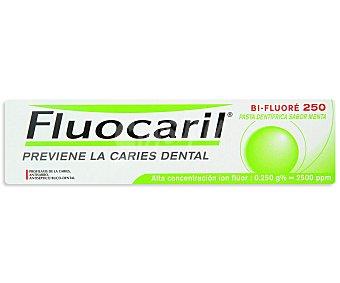 Fluocaril Dentífrico Bi Fluor previen la caries dental 125 Mililitros