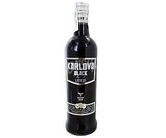 KARLOVA BLACK Vodka negro Botella de 70 centilitros