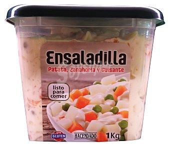 Hacendado Ensaladilla rusa (base de patata, zanahoria y guisantes) refrigerada  Tarrina 1 kg
