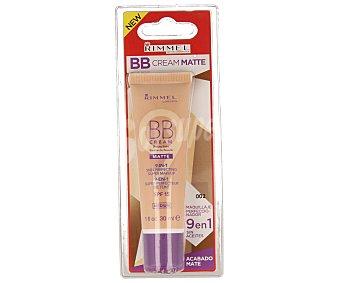 Rimmel London Base de maquillaje con acabado mate Nº 002 BB Cream de 30 mililitros
