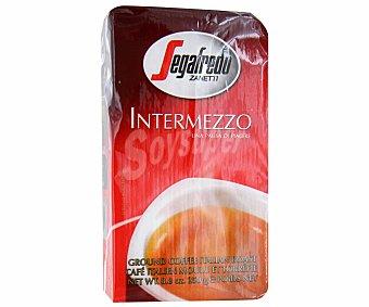 Segafredo Zanetti Café molido natural, sabor suave. 250 g