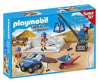 Playmobil Escenario de juego Superset de construcción, incluye 2 figuras, City Action 6144 1 unidad