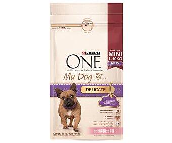 One Purina Comida Seca My Dog is Delicate para Perro Adulto de Raza Pequeña con Digestión Sensible. Croquetas de Salmón y Arroz Saco de 1,5 Kilogramos