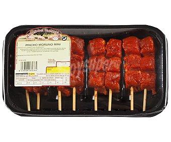 Caysan Bandeja con mini pinchos de jamón de cerdo con adobo rojo