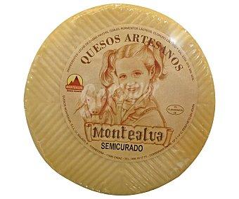 Montealva Queso de cabra semicurado 500 gramos aproximados