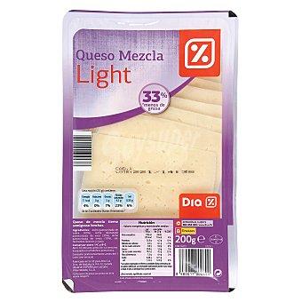 DIA Queso tierno light lonchas Envase 200 g