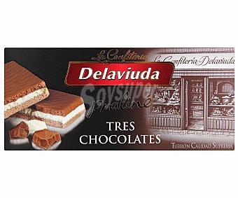 Delaviuda Turrón praliné de tres chocolates 300 gramos