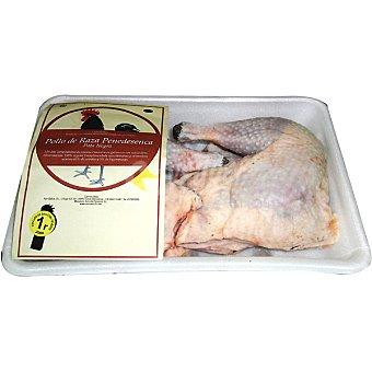 POLLO NEGRO DEL PENEDES Pollo de corral en cuartos peso aproximado Bandeja 2,5 kg