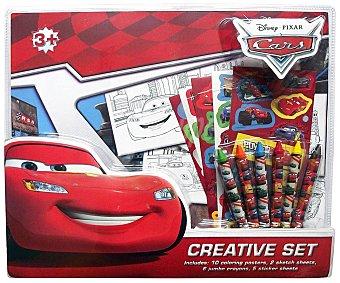 Cars Disney Set artístico con rotuladores, pinturas, plantillas y muchos mas de tus personajes favoritos, CARS.