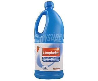 Auchan Lejía azul con detergente 2 litros