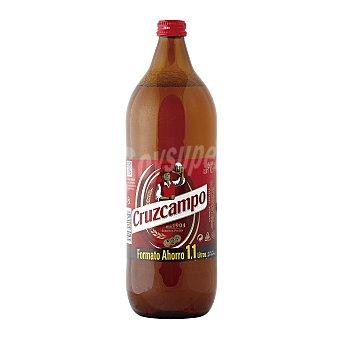 Cruzcampo Cerveza rubia nacional  Botella 1.1 l