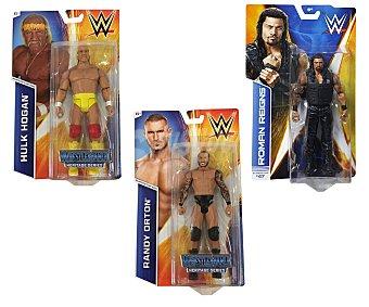 WWE Surtido de figuras articuladas básicas de 15 centímetros con increíbles detalles 1 unidad
