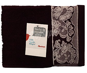 Auchan Toalla de algodón para tocador, estamapado jacquard color morado, 30x50 centímetros 1 Unidad