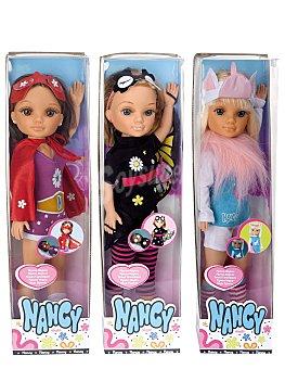 NANCY Muñeca articulada de 46 centímetros de alto con pijama convertible, Pijamas Mágicos 1 unidad