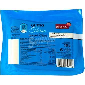 Aliada Queso tierno mezcla elborado con leche pasteurizada cuña 300 g