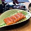 Sashimi de salmón bandeja 5 unidades bandeja 5 unidades Sushispot