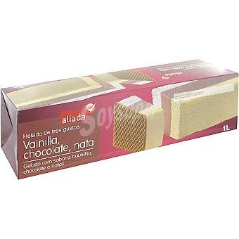 Aliada Bloque de helado tres gustos vainilla chocolate y nata Estuche 1 l
