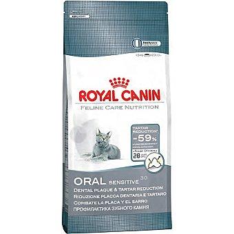 ROYAL CANIN ORAL SENSITIVE Alimento especial que reduce un 59% la formacion del sarro bolsa 15 kg Bolsa 15 kg