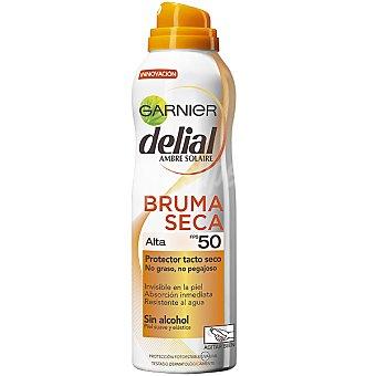 Delial Garnier Protector tacto seco FP-50 invisible en la piel absorción inmediata sin alcohol spray 200 ml resistente al agua Bruma Seca Spray 200 ml