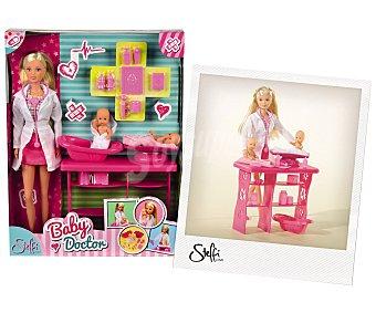 STEFFI LOVE Muñeca Steffi Love pediatra con accesorios 1 unidad