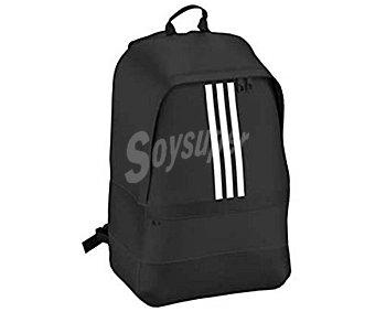 Adidas Mochila color negro con bolsillo exterior, modelo Versatile S3 1 unidad